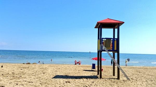 Matrimonio Spiaggia Bibione : Vacanze con i bambini: 10 motivi per scegliere bibione