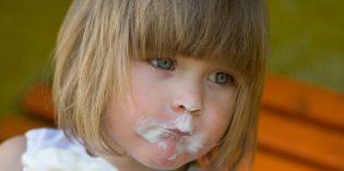 Gelato ai bambini: quando si può iniziare a dare?