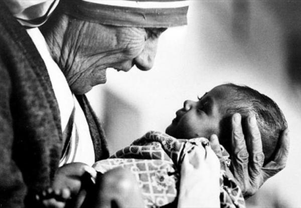 Madre Teresa frasi poesie vita