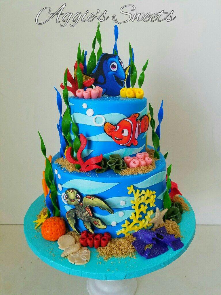 torte-di-compleanno-di-dory-e-nemo_pasta-di-zucchero-2-piani