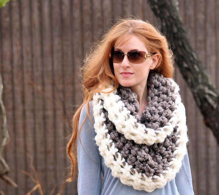 fashion style foto ufficiali grande sconto Infinity scarf a uncinetto fai da te per regali di Natale