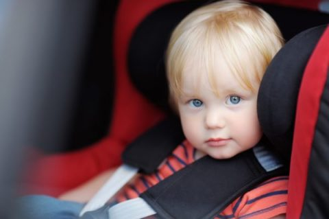 sicurezza dei bambini in auto_vai sul sicuro