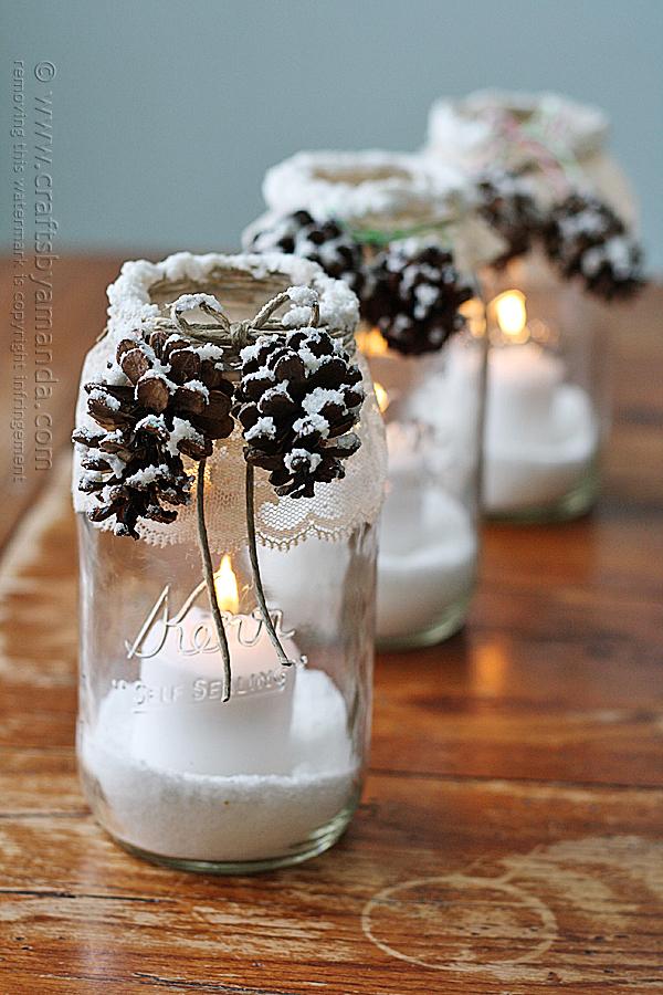 lanterne di Natale con vasi di vetro