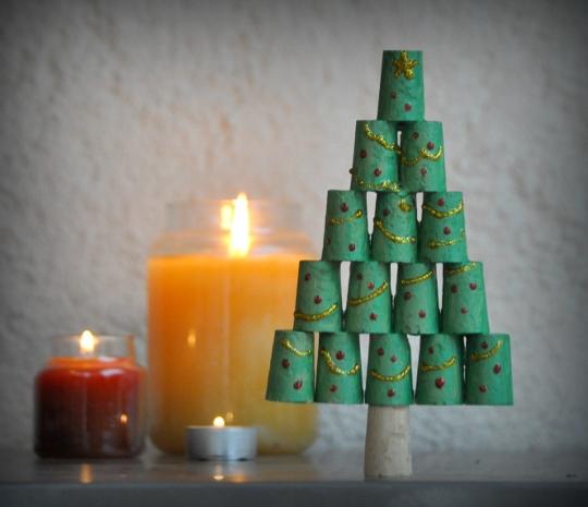 Eccezionale Lavoretti di Natale con tappi di sughero da fare con i bambini  XA41
