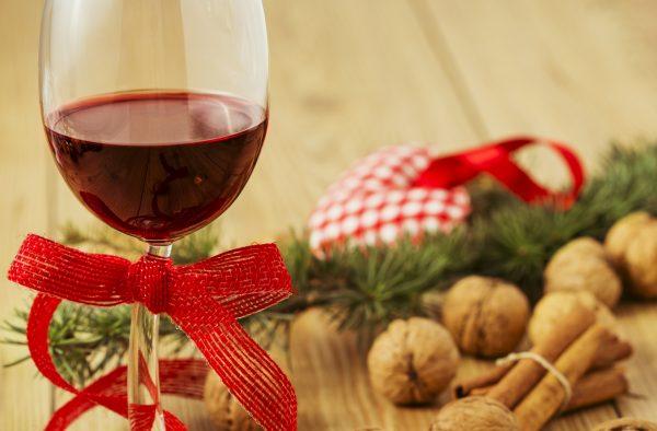 Come decorare i bicchieri per Natale