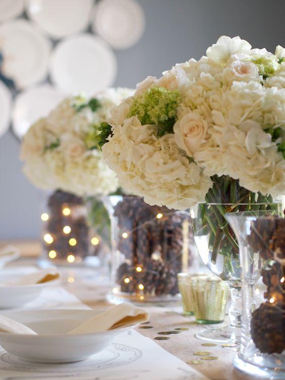 dee per decorare la tavola con le pigne