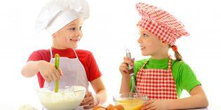 Biscotti di carnevale da fare con i bambini: ricetta facile
