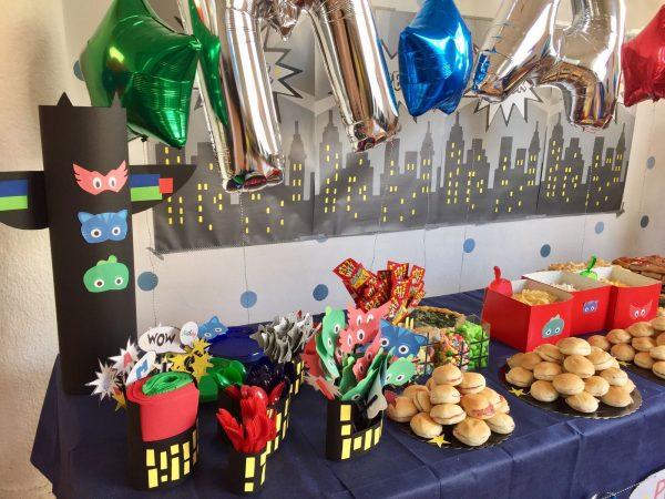 Decorazioni PJ Masks fai da te per festa di compleanno_buffet
