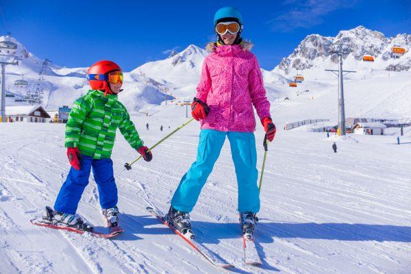 quando iniziare a sciare: i consigli per i bambini e lo sci