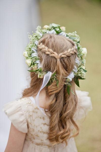 pettinature per i capelli lunghi con i trecce e coroncina