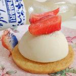 Panna cotta con Sciroppo Latte di Mandorla Fabbri e frutta fresca: ricetta facile