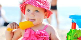 Come proteggere le orecchie dei bambini al mare