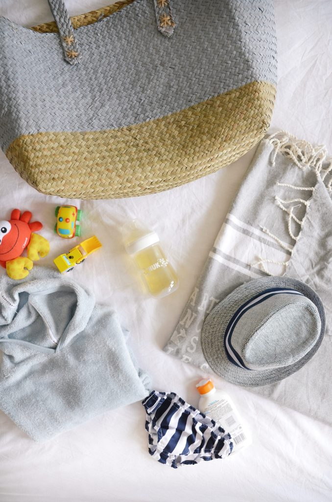cosa portare in spiaggia per il bebè