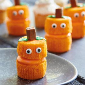 dolci facili di Halloween da fare con i bambini _ zucche di cupcake