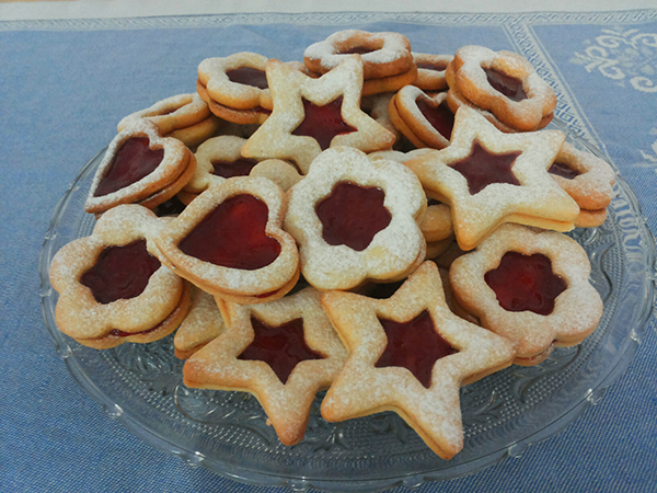 5 biscotti di Natale da regalare _ ciambelline con la marmellata