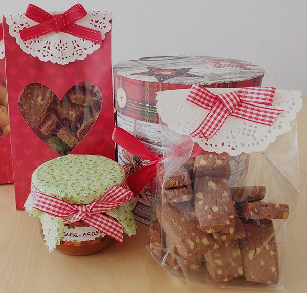 5 biscotti di Natale da regalare _biscotti cacao e noci