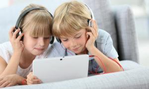 Ascoltare insieme le storie, l'app Audible per genitori e bambini