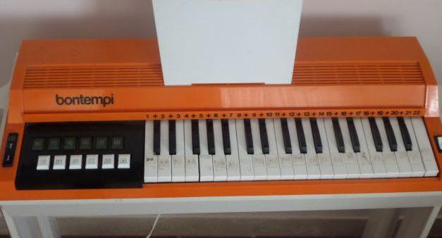 natale-vintage-giochi-desiderati-pianola-