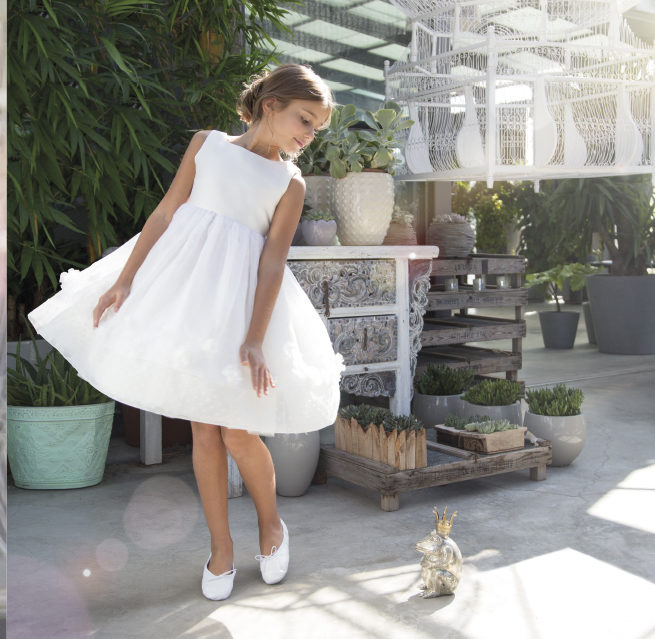 best sneakers 1c5a5 5e5fb Dieci bellissimi abiti per la Prima Comunione delle bambine