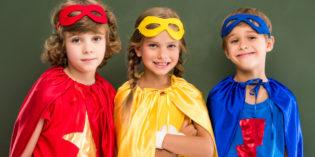 Come fare un mantello per travestimenti di Carnevale da Zorro, supereroi, principesse