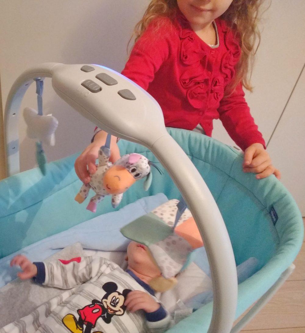Chicco Baby Hug 4 in 1 _ neonato nella culla