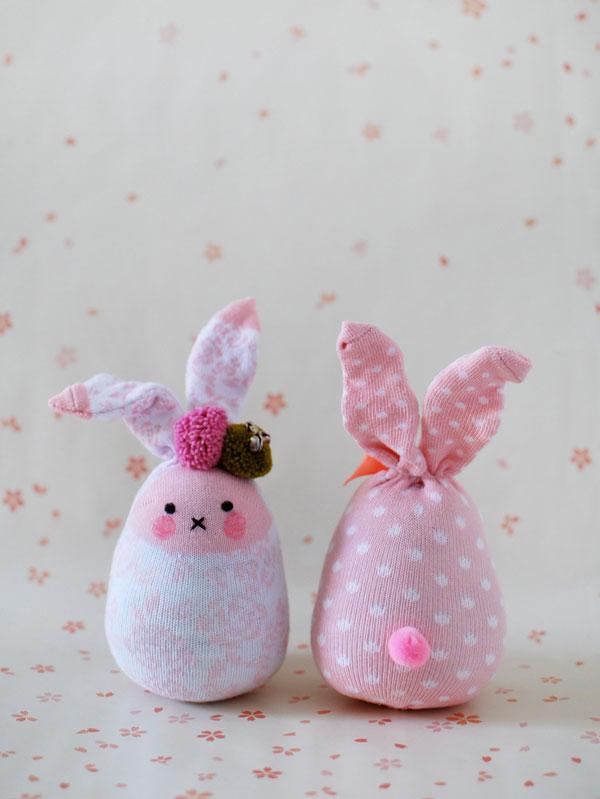 coniglietti di Pasqua calzini rosa