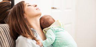 """Mamma e neonato: i primi """"devastanti"""" 40 giorni post partum"""