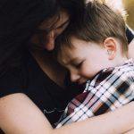 Ha male al braccio e non lo muove: cosa è la pronazione dolorosa nei bambini