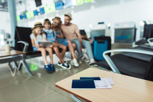 viaggiare con i bambini cme fare carta d'identità elettronica