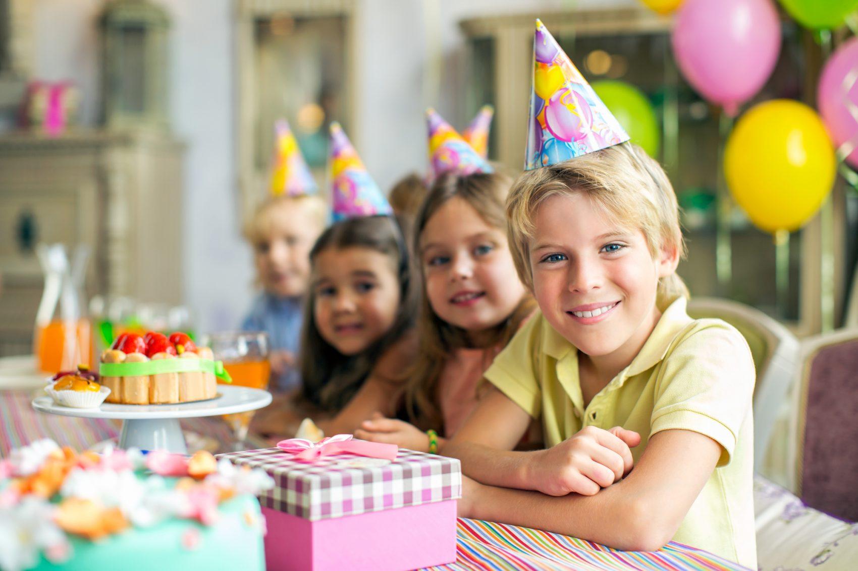 feste di compleanno su whatsapp invito