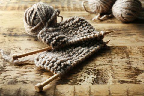 sciarpa di lana ai ferri fai da te