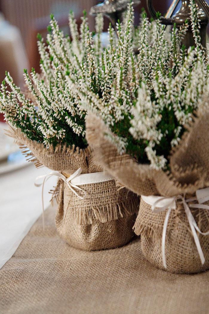 addobbare i tavoli per ricevimento di prima comunione