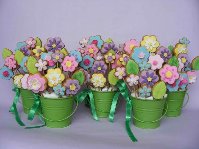 Come fare un bouquet di biscotti per la festa della mamma _ fiori multicolor