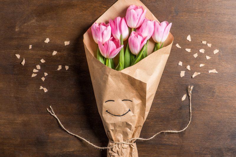 Come fare un bouquet di biscotti per la festa della mamma _ mazzo tulipani