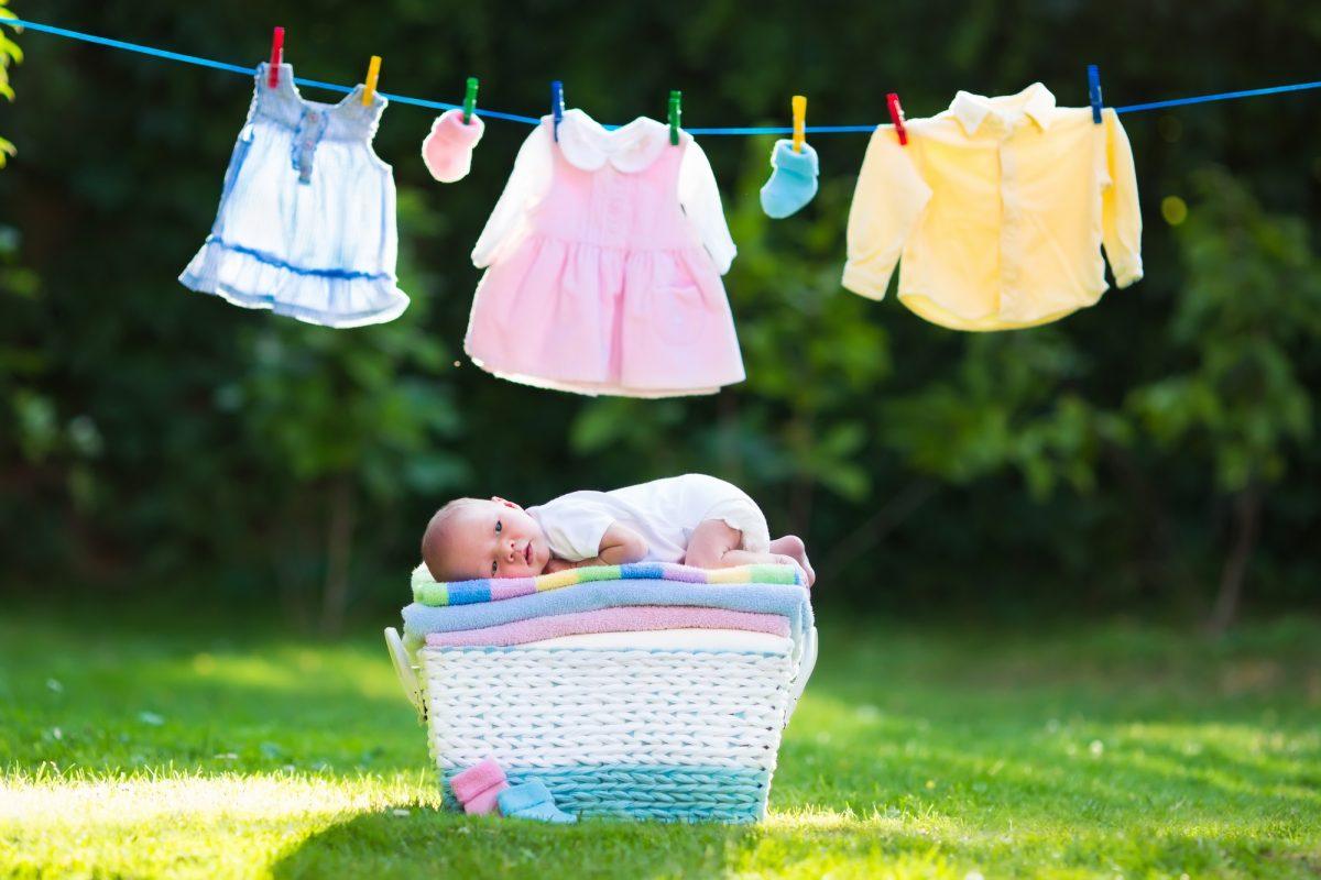 come vestire i neonati in estate