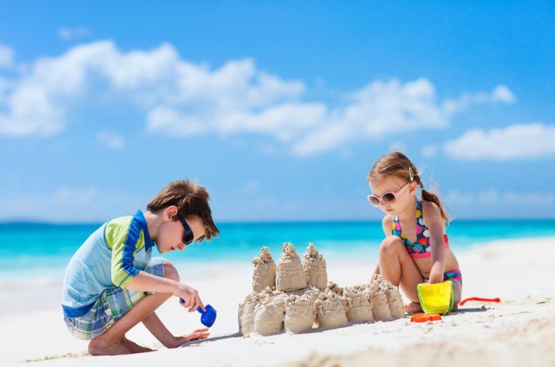 Giochi da fare in spiaggia coi bambini