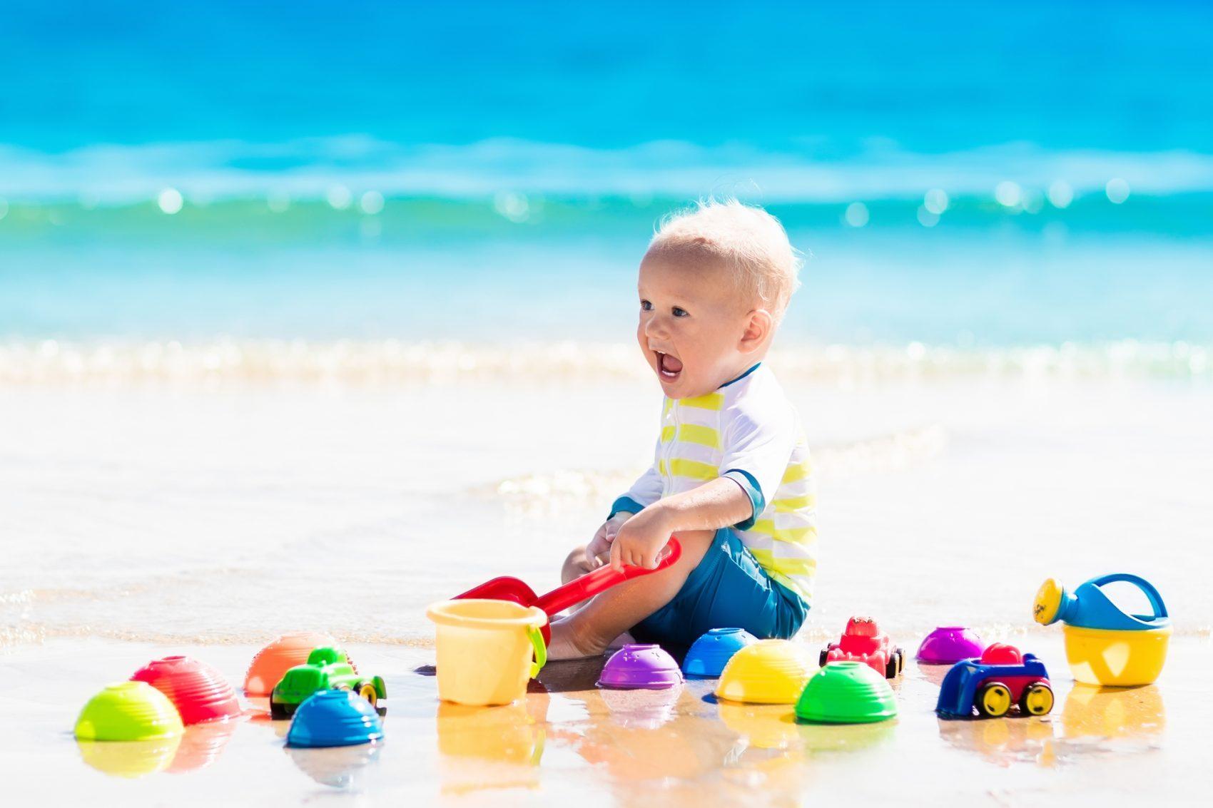 giochi da spiaggia per bambini piccoli