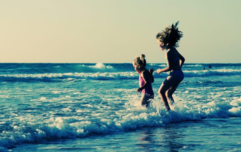 giochi da spiaggia per bambini e tuffi