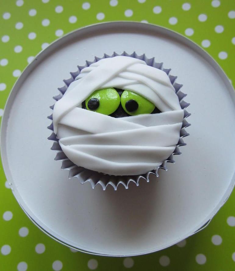 Cupcake di Halloween da fare con i bambini _ mummie