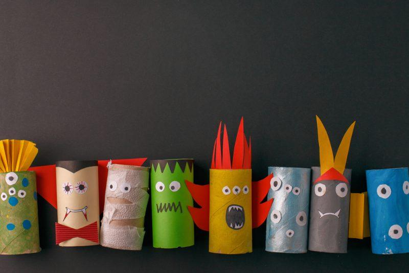 lavoretti semplici di halloween per bambini con i rotoli di carta igienica