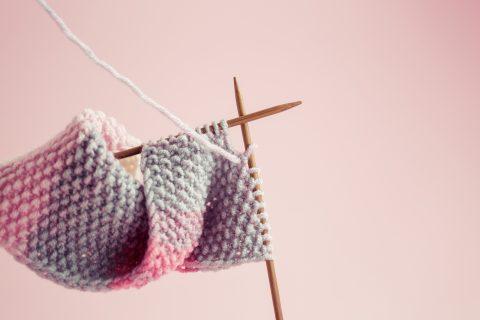 come fare una sciarpa a maglia