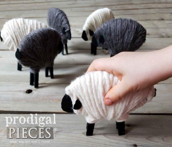 pecorella di natale fai da te con lana