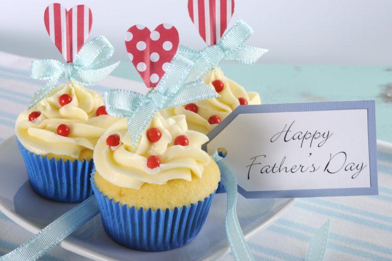Dolci per la festa del papà da fare con i bambini _cupcake con palline di cioccolato