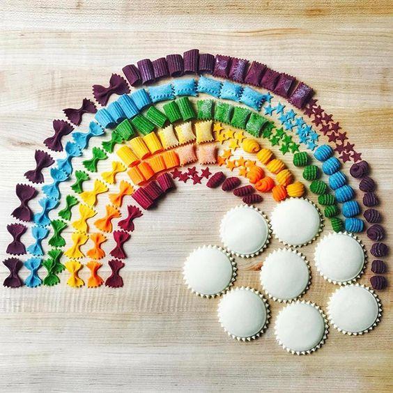 Lavoretti per bambini con la pasta _ arcobaleno