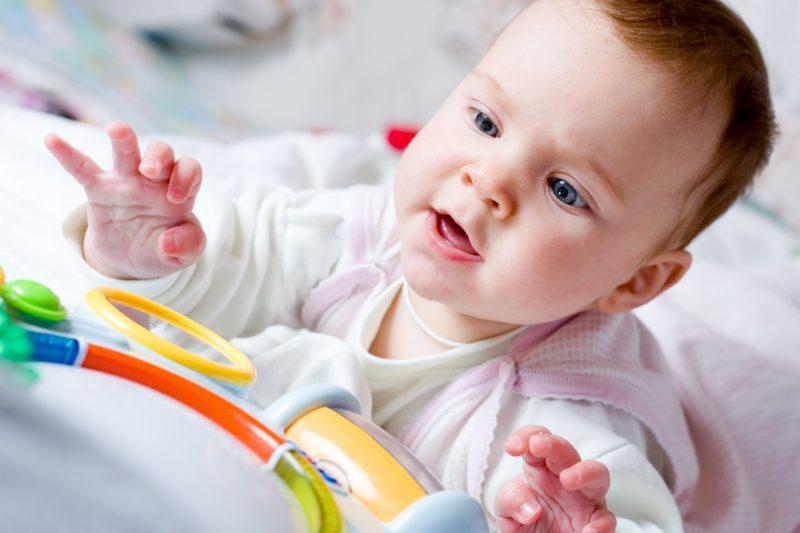 giochi per neonati di 3 mesi