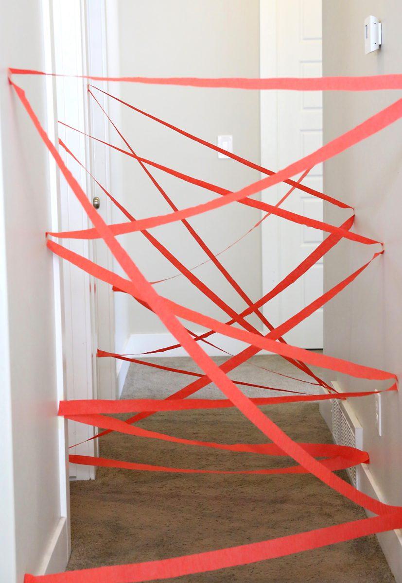 giochi per far muovere i bambini in casa. labirinto laser
