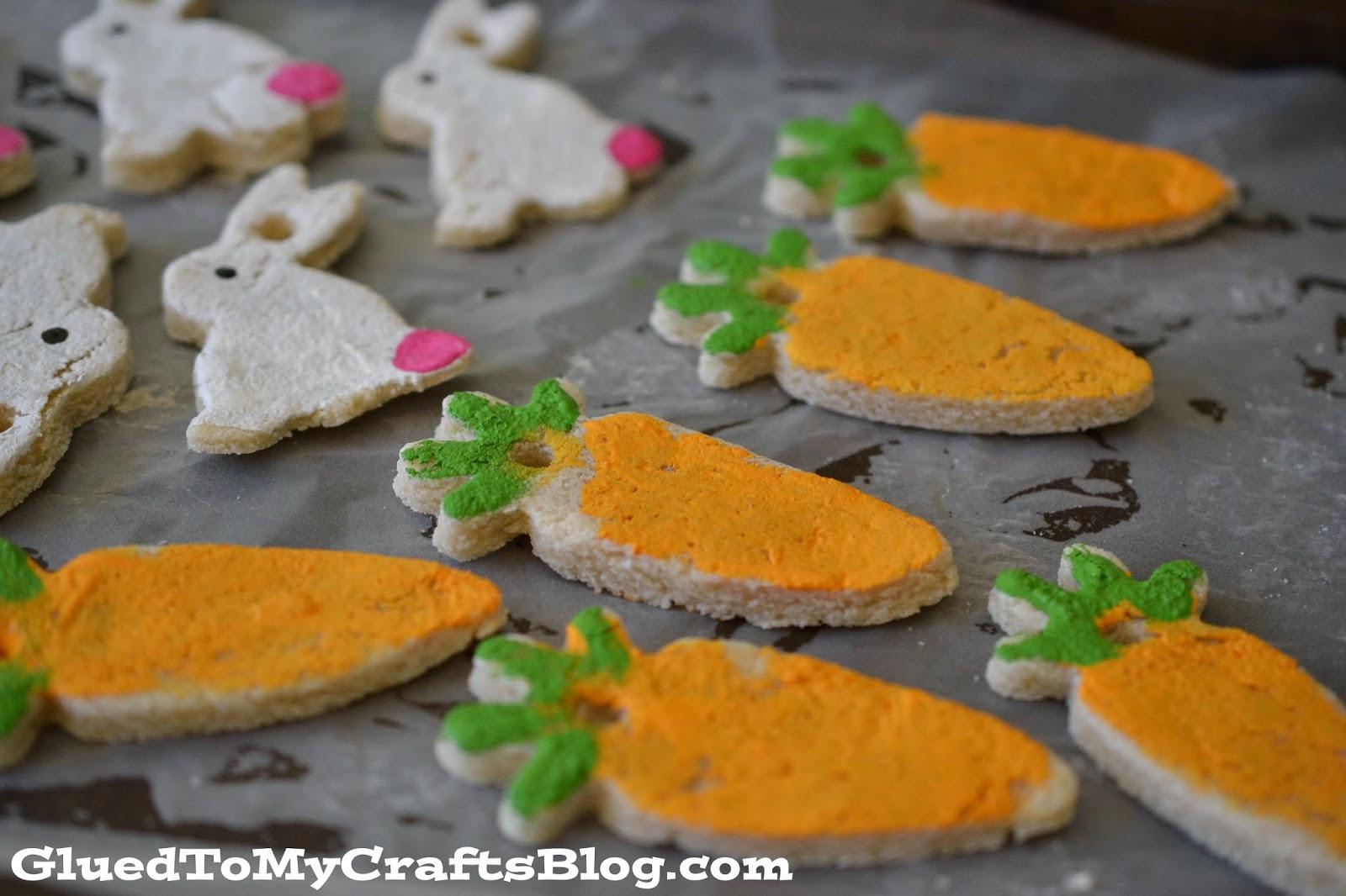 lavoretti di Pasqua con la pasta di sale _ coniglietti e carote