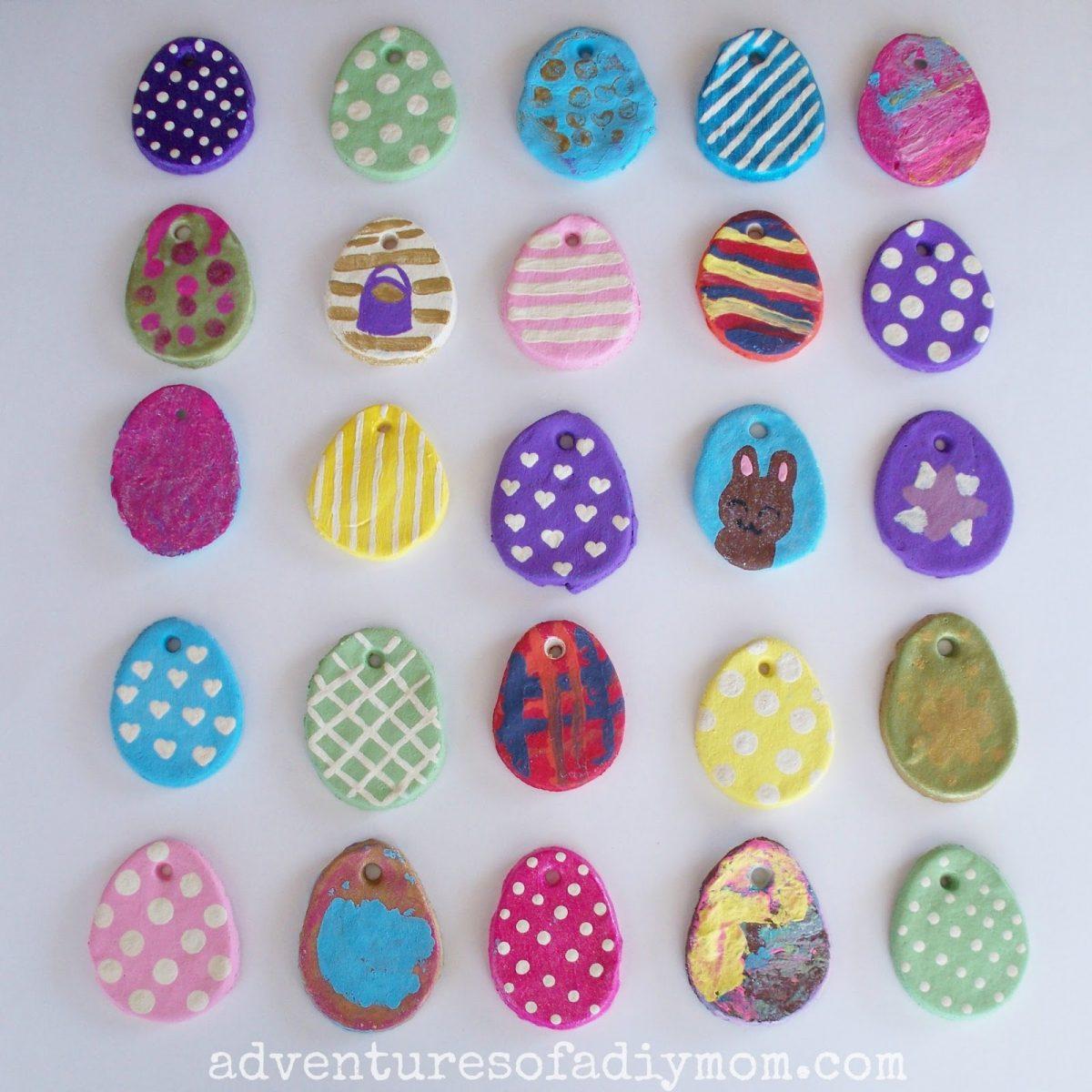 lavoretti di Pasqua con la pasta di sale _ ovetti colorati