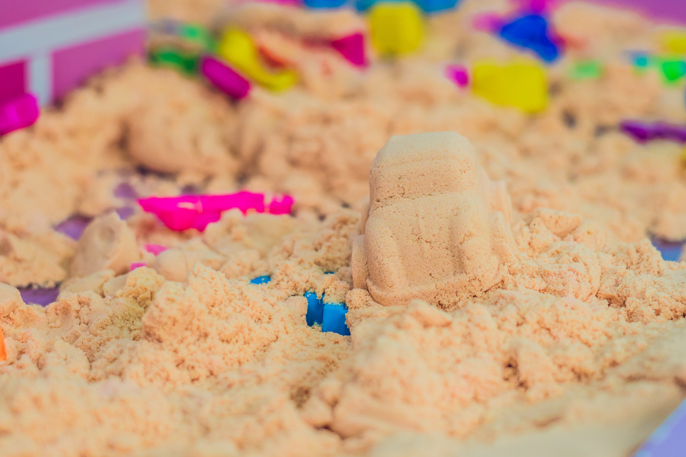 Come fare la sabbia magica in casa _macchinina la sabbia cinetica