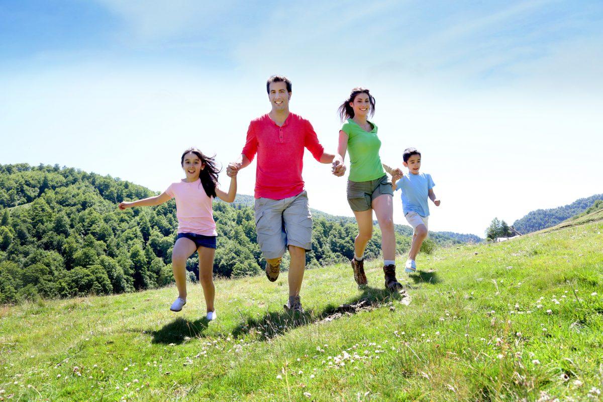 Famiglia vacanza in montagna